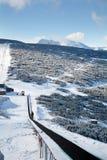 在滑雪胜地Borovets的滑雪电缆车在保加利亚 美好的冬天landscape.3d图象 库存照片
