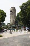 在主题乐园圣淘沙的Merlion雕象 库存照片