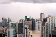 在暴风云下的迈阿密 库存照片