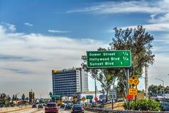 在101高速公路的交通在洛杉矶 免版税图库摄影
