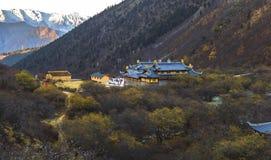 在黄龙谷的寺庙 图库摄影