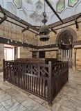 在1242-44 AlSalih Nagm广告声浪Ayyub陵墓内部, Al Muizz街,老开罗,埃及 免版税库存照片