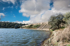 在1993年Cornalvo水库世界遗产名录站点由联合国科教文组织 免版税库存图片