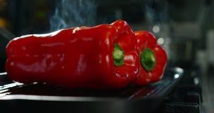 在4k或6k决议的成份和行动射击由食物意大利产业专家机构和专家厨师 影视素材
