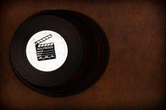 在35 mm影片轴的一点电影拍板 库存照片