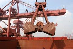 在2012年,中国人铁矿导入 库存照片