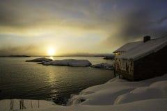 在A, Lofoten,挪威的日出 图库摄影