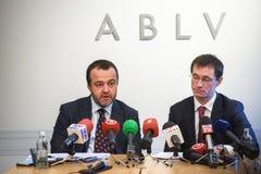 在ABLV银行的新闻招待会在里加 免版税库存照片