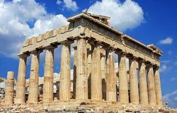 在Acropole顶部的帕台农神庙大厦,在雅典,希腊 库存照片