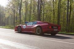 1977年在ADAC符腾堡历史的Rallye的法拉利512 BB 2013年 免版税库存图片