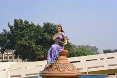 在Agroha Dham,非常著名印度寺庙的雕象在Agroha,哈里亚纳邦,印度 库存图片
