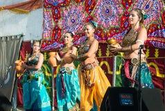 在Al mossassa的庆祝的Bellydancers 免版税库存图片