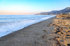 在alanya的Kleopatra海滩与堡垒 库存照片