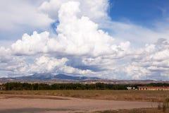 在Alavesa风景的剧烈的天空,拉里奥哈,北西班牙 库存图片