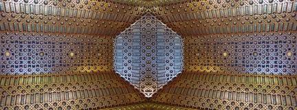 在Alcà ¡ zar的天花板塞戈维亚,西班牙-横幅 免版税库存图片