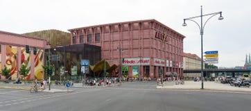 在Alexanderplatz的购物中心Alexa。 免版税库存照片