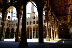 在AlNasir穆罕默德清真寺里面的看法城堡的在开罗 库存照片