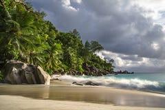 在anse乔其纱, praslin,塞舌尔群岛36的天堂海滩 库存图片