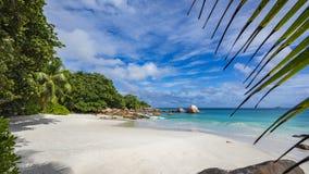 在anse拉齐奥的天堂海滩在塞舌尔群岛60 免版税库存照片