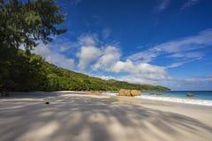 在anse拉齐奥的天堂海滩在塞舌尔群岛1 库存照片