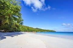 在anse拉齐奥, praslin,塞舌尔群岛26的惊人的天堂海滩 库存图片