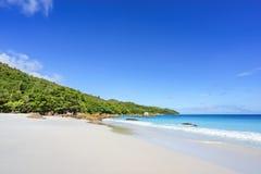 在anse拉齐奥, praslin,塞舌尔群岛60的惊人的天堂海滩 库存照片