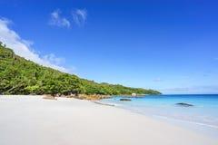 在anse拉齐奥, praslin,塞舌尔群岛62的惊人的天堂海滩 免版税图库摄影