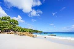 在anse拉齐奥, praslin,塞舌尔群岛77的惊人的天堂海滩 库存照片