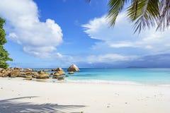 在anse拉齐奥, praslin,塞舌尔群岛94的惊人的天堂海滩 库存图片