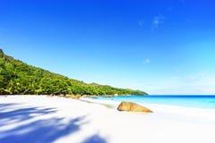 在anse拉齐奥, praslin,塞舌尔群岛53的惊人的天堂海滩 库存照片