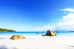 在anse拉齐奥, praslin,塞舌尔群岛57的惊人的天堂海滩 库存照片
