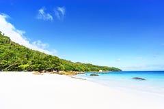 在anse拉齐奥, praslin,塞舌尔群岛62的惊人的天堂海滩 库存图片