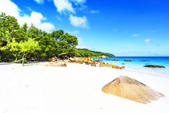 在anse拉齐奥, praslin,塞舌尔群岛74的惊人的天堂海滩 库存图片
