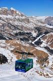 在Arabba的滑雪长平底船,意大利 库存图片