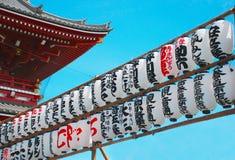 在Asakusa寺庙的灯笼 库存图片