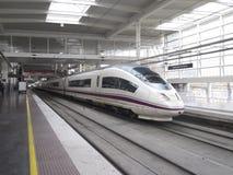 在Atocha驻地的高速火车 免版税库存照片