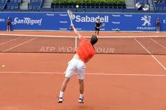 在ATP巴塞罗那的阿尔伯特・拉莫斯Vinolas (西班牙网球员)戏剧开始银行萨瓦德尔康德de Godo比赛 免版税库存图片
