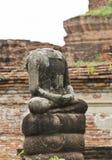 在Ayuttaya的残破的菩萨雕象 库存图片