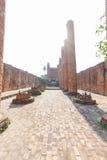 在Ayutthaya历史公园, Wat Thammikarat破坏塔在Ayutthaya,泰国 库存图片
