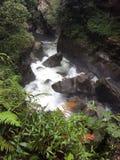在Baños的瀑布 免版税库存照片