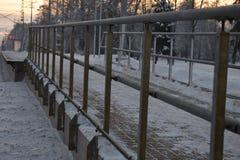 在Babite的火车站的冬天场面 免版税库存照片