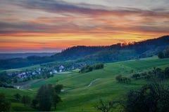 在Baden-WÃ ¼ rttemberg -风景的日落 免版税库存照片