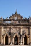 在Bagan缅甸的古老阿南达寺庙 免版税库存照片