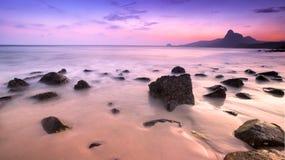 在Bai nhat海滩, Condao海岛-越南的日落 库存图片