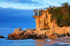 在Balcon de Europa的沿海日出在内尔哈 库存照片