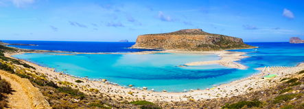 在Balos盐水湖和格拉姆武萨群岛海岛的惊人的看法克利特的 免版税库存图片