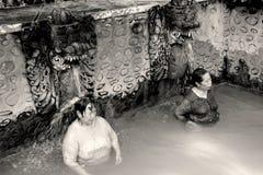 在Banjar巴厘岛的热的硫磺浴 免版税库存图片