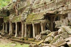 粉碎的画廊, Banteay Kdei寺庙 免版税库存照片