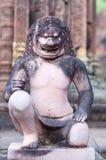 在Banteay Srey寺庙,柬埔寨的雕象 免版税库存照片