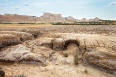 在Bardenas Reales, Navarra,西班牙的干旱的横向 免版税库存照片